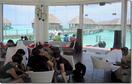 Club Med Kani manta lounge