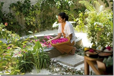 Coco Palm Dhuni Kholu Maldivian therapy