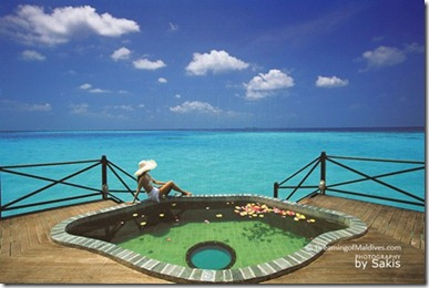 Coco Palm Dhuni Kolhu glass floor pool Sakis Papadopolous
