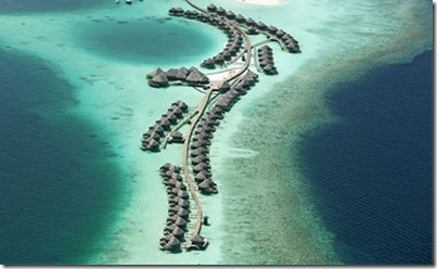 Constance Halaveli jetty
