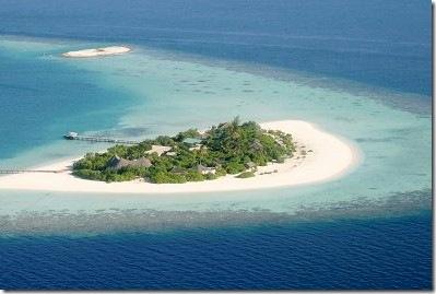 Dhoni Island Island