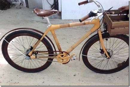 Gili Lankanfushi - bamboo bike