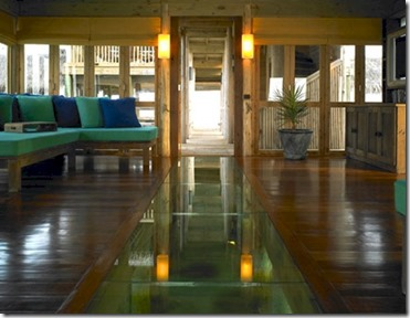 Gili Lankanfushi Private Reserve glass floor