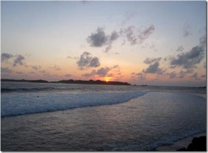 Hudhuranfushi sunset