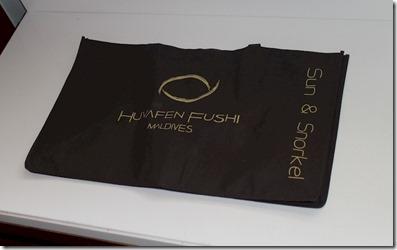 Huvafenfushi - snorkel bag