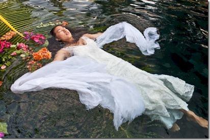 Iru Fushi - trash the dress 1