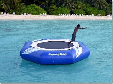 Kuramathi - water trampoline