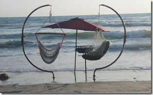 Maldives - not seen - beach swing C frame