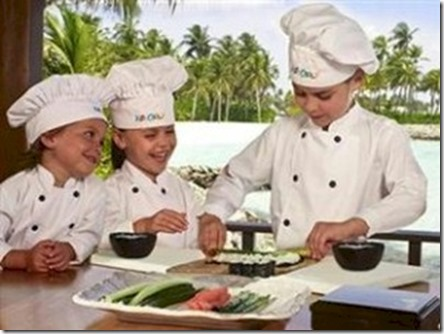 One and Only Reethi Rah culinary school kids