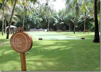 One and Only Reethi Rah lawn club