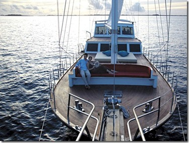 Shangri-La Villingili Horizon boat deck