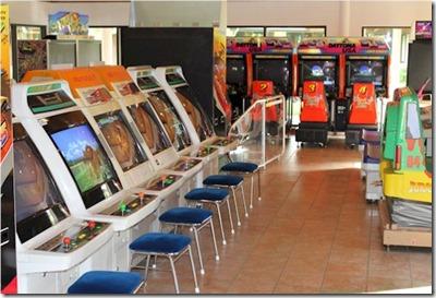 Sun Island arcade