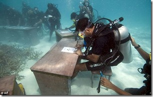 Underwater cabinet meeting