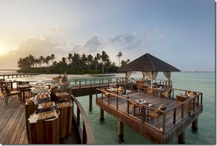 Waldorf Astoria Maldives breakfast