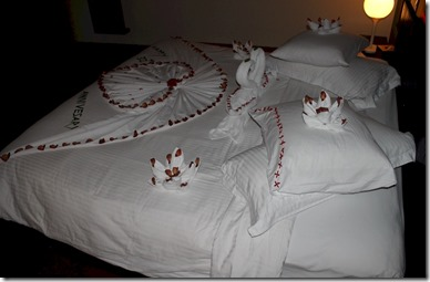 Zitahli Kudafunafaru - bed decorating 2