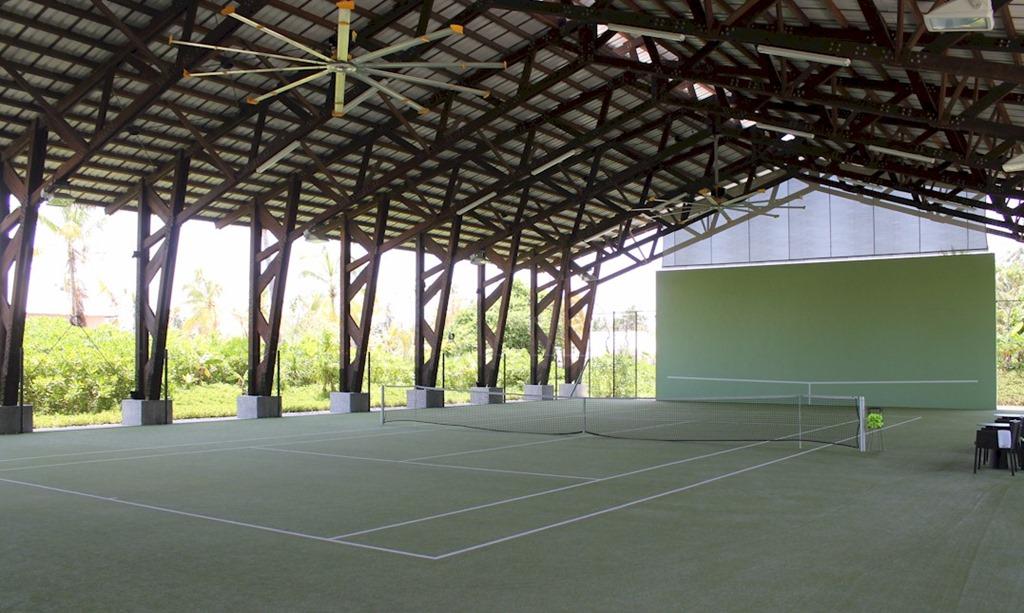kuramathi maldives tennisplatz