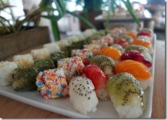 Soneva Fushi - fruit sushi
