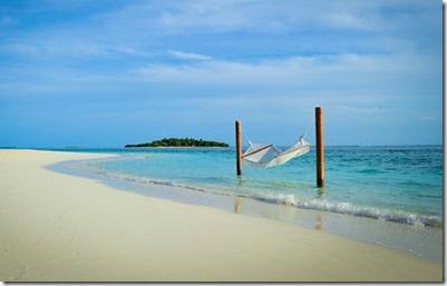 Kanuhura - lagoon hammock