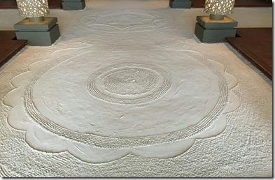 Angsana Velavaru - sand floor art 1