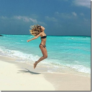 One & Only Reethi Rah - Natasha Poly - leap