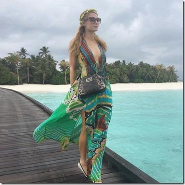Velaa - Paris Hilton