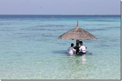 Centara Ras Fushi - lagoon dining