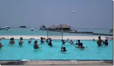 Club Med Kani - pool volleyball