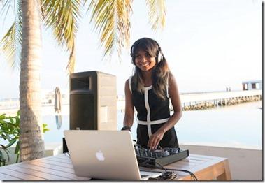 Amilla Fushi - Angie DJ 2