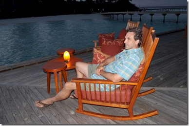 Anantara Kihavah Villas - rocking chair