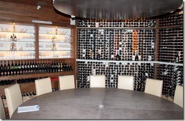 Huvafenfushi - undergrond wine cellar 1