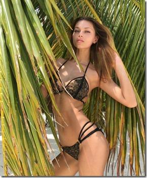 Sun Island - Uliana Berdysheva greenery