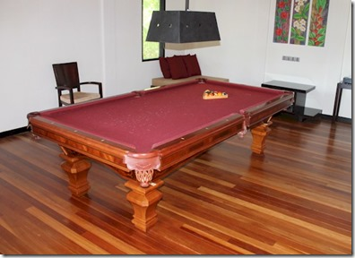 Sun Siyam Irufushi - Celebrity Retreat pool table