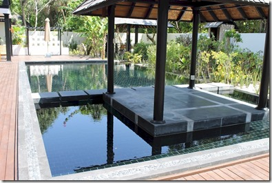 Sun Siyam Irufushi - Celebrity Retreat pool