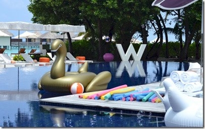 W Retreat - shockwave pool party toys