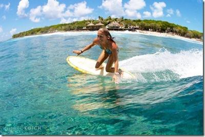 Adaraan Hudahuranfushi - Amy Kotch surf