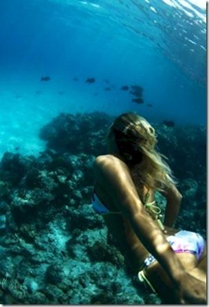 Cinnamon Dhonveli - Emma Skinner underwater