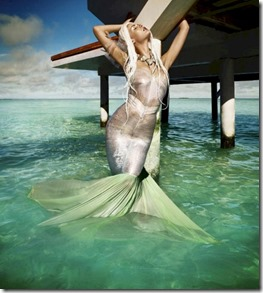 Four Seasons Landaa Giraavaru - Jessieann Lachowski mermaid
