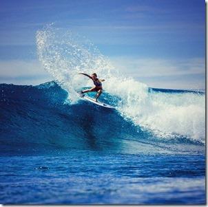 Maalifushi - Nikki Van Dijk surf