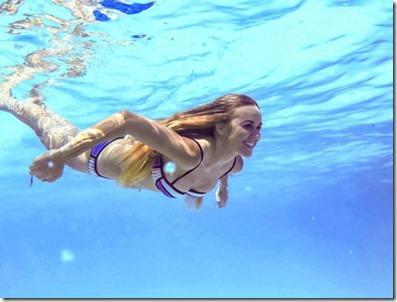 Six Senses Laamu - Madeleine Schneider-Weiffenbach underwater
