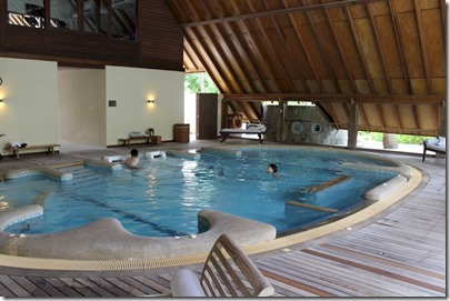 Cocoa Island - Hydrotherapy Pool 1