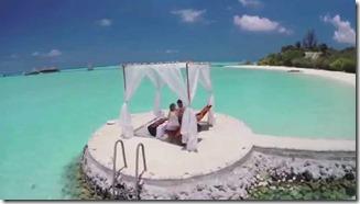 Taj Exotica - lagoon groynes