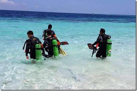 Underwater police
