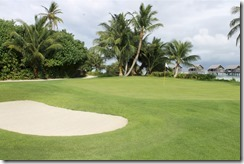 Shangri-La Villingili - golf course - hole 1 - green