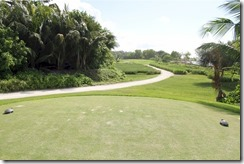 Shangri-La Villingili - golf course - hole 8 - tee view