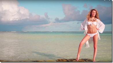 Chloe Lloyd (United Kingdom) – LUX Maldives