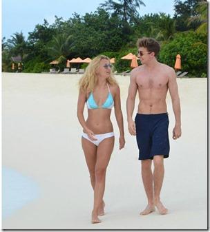 Sam Thompson and Tiffany Watson (United Kingdom) – LUX South Ari Atoll