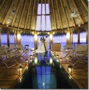 Gili Lankanfushi - lagoon wedding pavilio