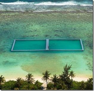 Hulhumale - ocean pool