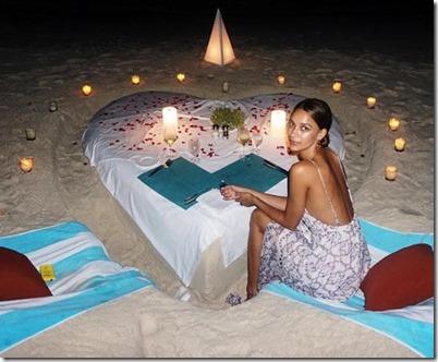 Amilla Fushi - beach dinner