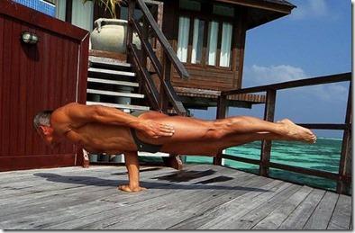 Constantine (Bulgaria) – Olhuveli - Yoga